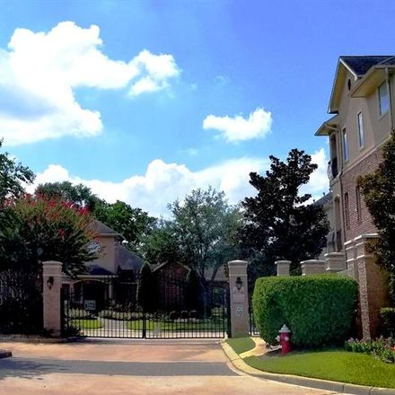 Rent this 4 bed condo on Beachwood St in Houston, TX