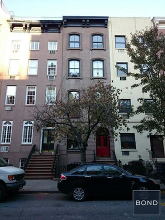 Rent this 1 bed apartment on 439 West 22nd Street in New York, NY 10011