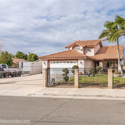 Rent this 4 bed house on 1567 Hillcrest Avenue in Riverside, CA 92501