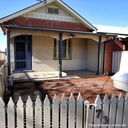 Rent this 2 bed house on 73 Docker Street