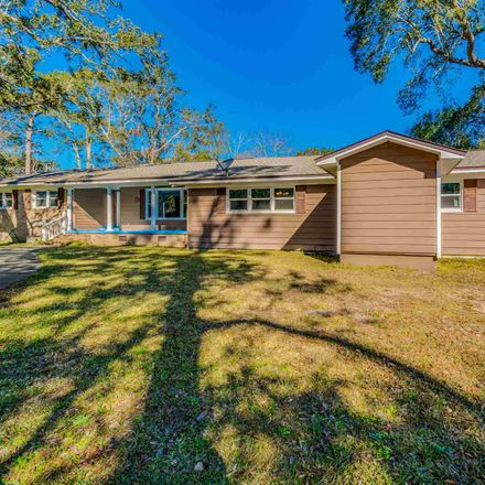 Rent this 4 bed house on Chisholm Rd in Pensacola, FL
