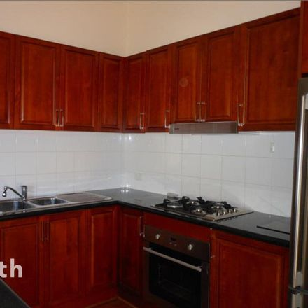 Rent this 4 bed townhouse on 2/14 McCubbin Street