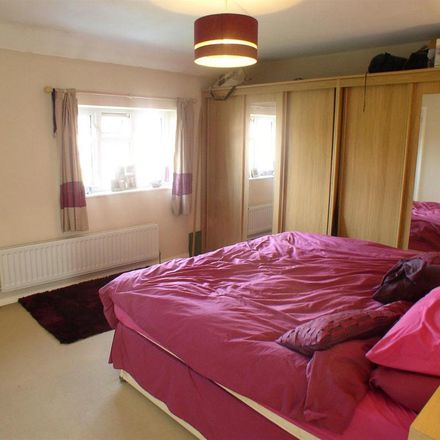 Rent this 2 bed house on Beech Close in Elmbridge KT12 5RG, United Kingdom