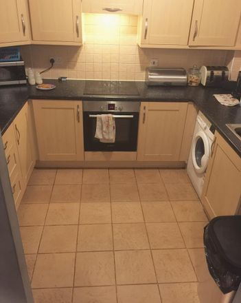 Rent this 2 bed apartment on Langley SL3 7JG