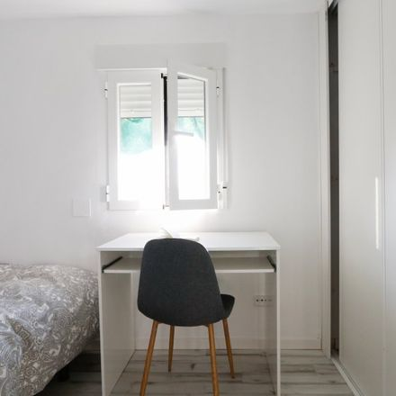 Rent this 2 bed apartment on Calle de Realejos in 1, 28017 Madrid