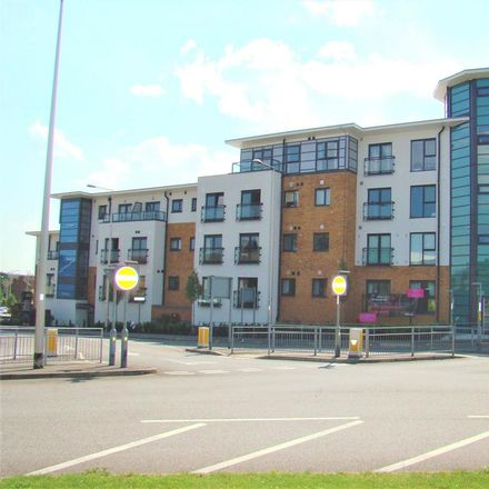 Rent this 1 bed apartment on Grays Town Centre in Albany Heights, Seally Road