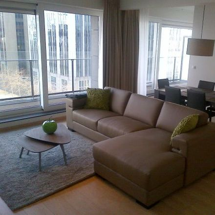 Rent this 4 bed apartment on Pearle in Boulevard Emile Jacqmain - Emile Jacqmainlaan 140, 1000 Ville de Bruxelles - Stad Brussel