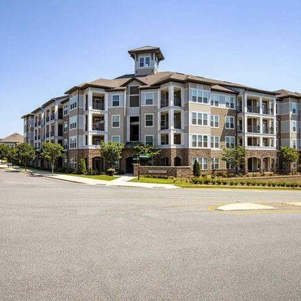 Rent this 3 bed apartment on 13451 Radiant Road in Huntersville, NC 28078