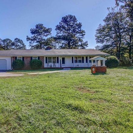 Rent this 3 bed house on Ridgeway Rd in Covington, GA