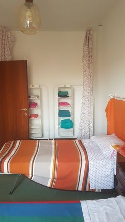 Rent this 5 bed room on Via Franzela in 17, 35135 Padova PD