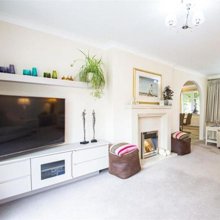 Rent this 3 bed house on Summerville Gardens in Grappenhall WA4 2EG, United Kingdom