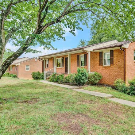 Rent this 3 bed house on Chesterton St SW in Roanoke, VA