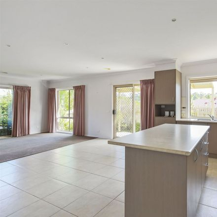 Rent this 3 bed house on 13 Rivendale Crescent
