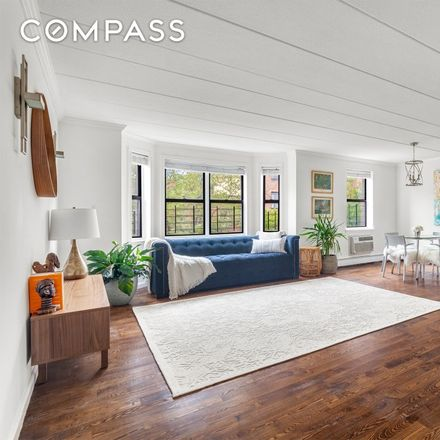 Rent this 3 bed condo on 387 Adelphi Street in New York, NY 11238