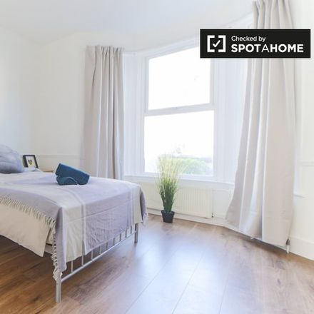 Rent this 5 bed apartment on Burns Road in London NW10 4DU, United Kingdom