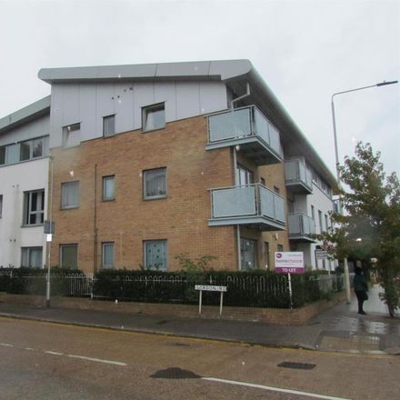 Rent this 2 bed apartment on High Road in London RM6 6AP, United Kingdom