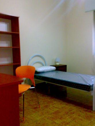 Rent this 2 bed room on Via dell'Aeroporto in 17, 56121 Pisa PI