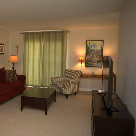 Rent this 2 bed duplex on 130 4th Street South in Brigantine, NJ 08203