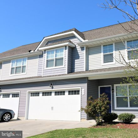 Rent this 4 bed townhouse on 32 Mer Way in Dover, DE 19901