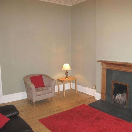 Rent this 2 bed apartment on 32 Lutton Place in Edinburgh EH8 9PD, United Kingdom