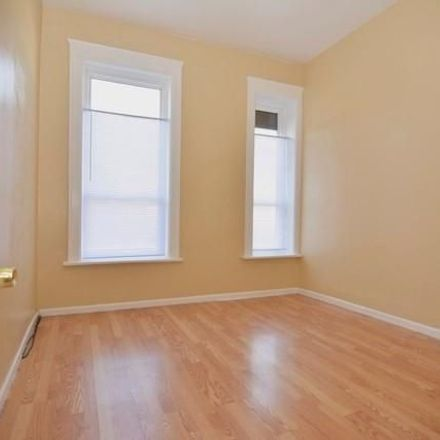 Rent this 3 bed townhouse on 5441-5443 West Chicago Avenue in Chicago, IL 60651