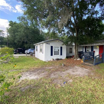 Rent this 2 bed house on 702 E College Ave in Ruskin, FL