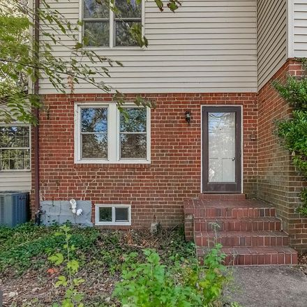 Rent this 5 bed house on Braddock Road in Alexandria, VA 22311