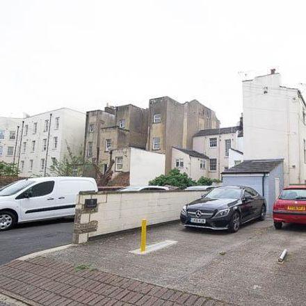 Rent this 4 bed house on Naturewatch in Hewlett Road, Cheltenham GL52 6DE