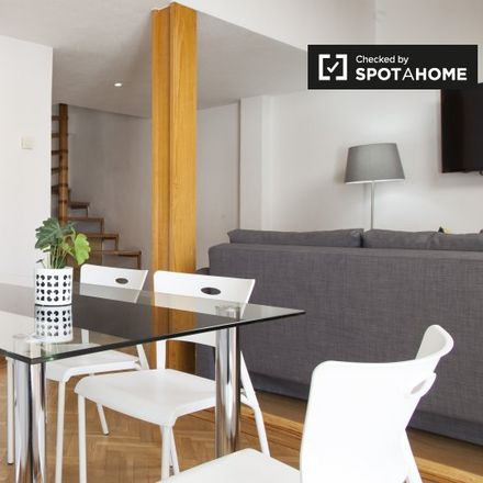Rent this 2 bed apartment on Calle de Piamonte in 5, 28004 Madrid