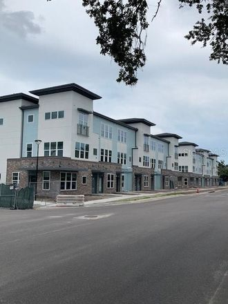 Rent this 1 bed apartment on Orlando