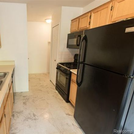 Rent this 2 bed condo on Country Bluff in Farmington, MI
