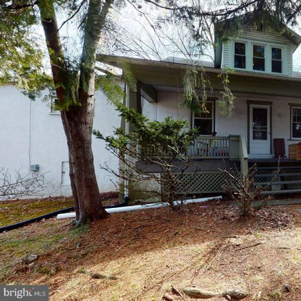 Rent this 3 bed house on 101 Green Street in Marcus Hook, PA 19061