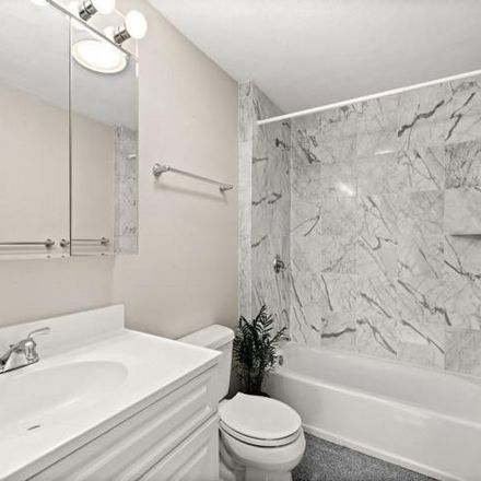 Rent this 2 bed condo on 174 Adams Street in Newton, MA 02458-1493
