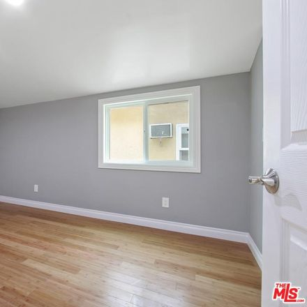 Rent this 3 bed condo on 2641 Riverside Terrace in Los Angeles, CA 90039