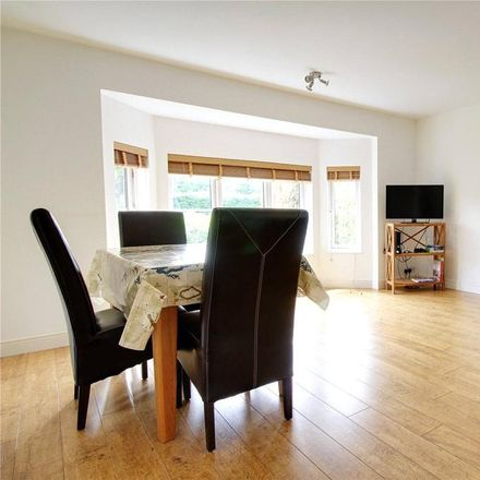 Rent this 2 bed apartment on 174 Shinfield Road in Reading RG2 7DS, United Kingdom