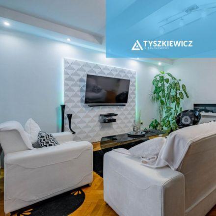 Rent this 3 bed apartment on Morena Skwer in Jaśkowa Dolina 132, 80-286 Gdansk