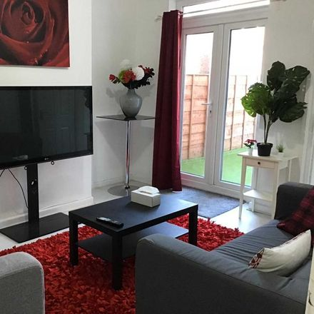 Rent this 3 bed room on Park Street in Salford M27 4TY, United Kingdom