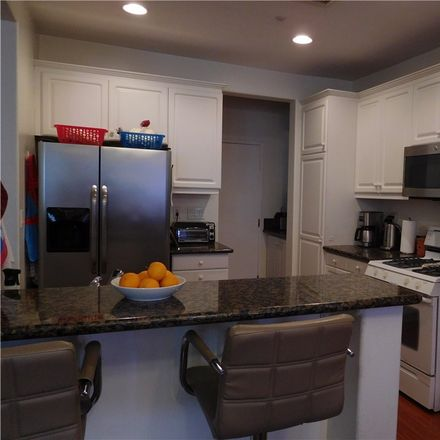 Rent this 3 bed condo on Garrison Loop in Ladera Ranch, CA 92694