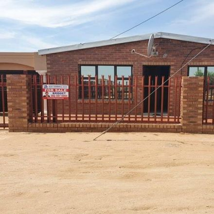 Rent this 3 bed house on 11 Cape Town in Sol Plaatje Ward 25, Kimberley