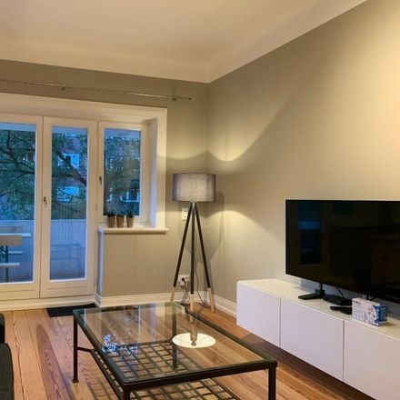 Rent this 4 bed apartment on Hohenzollernring 30 in 22763 Hamburg, Germany