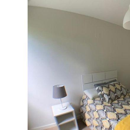 Rent this 4 bed apartment on Rastro Market in Calle Ribera de Curtidores, 28001 Madrid