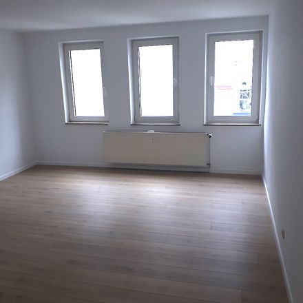 Rent this 3 bed apartment on Marktstraße 57 in 46045 Oberhausen, Germany