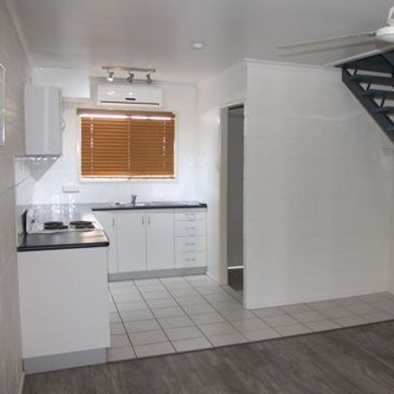 Rent this 1 bed apartment on 2/5 Romeo Street