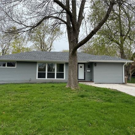 Rent this 4 bed house on 1522 19th Street in West Des Moines, IA 50265