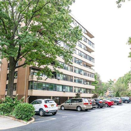 Rent this 2 bed condo on 162-20 9th Avenue in New York, NY 11357
