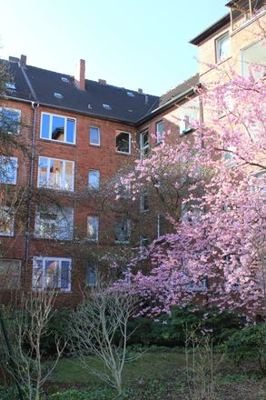 Rent this 2 bed apartment on Philipsbornstraße 54 in 30165 Hanover, Germany