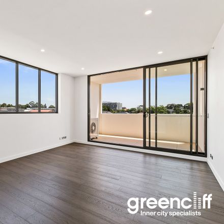 Rent this 2 bed apartment on 11-13 Burwood