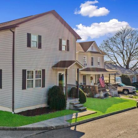 Rent this 3 bed house on 100 Gleason Street in Cumberland, MD 26767
