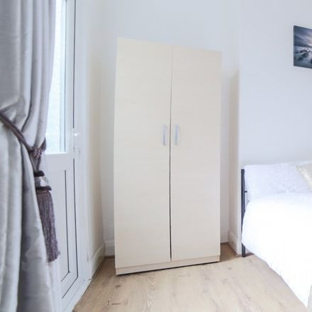 Rent this 5 bed apartment on 264 Upland Road in London SE22 9EE, United Kingdom