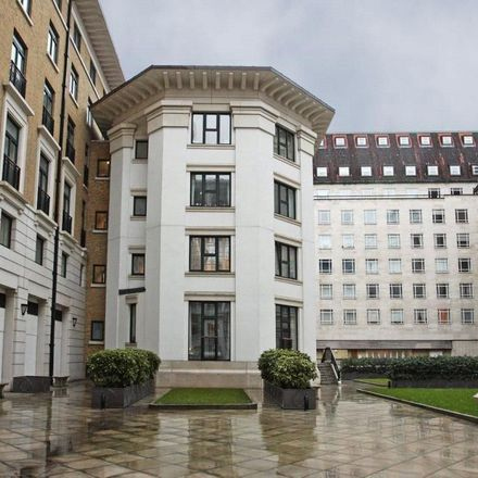 Rent this 3 bed apartment on Hall in Belvedere Road, London SE1